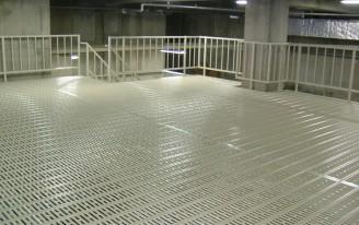 パークフロアー使用の形鋼棚 建築
